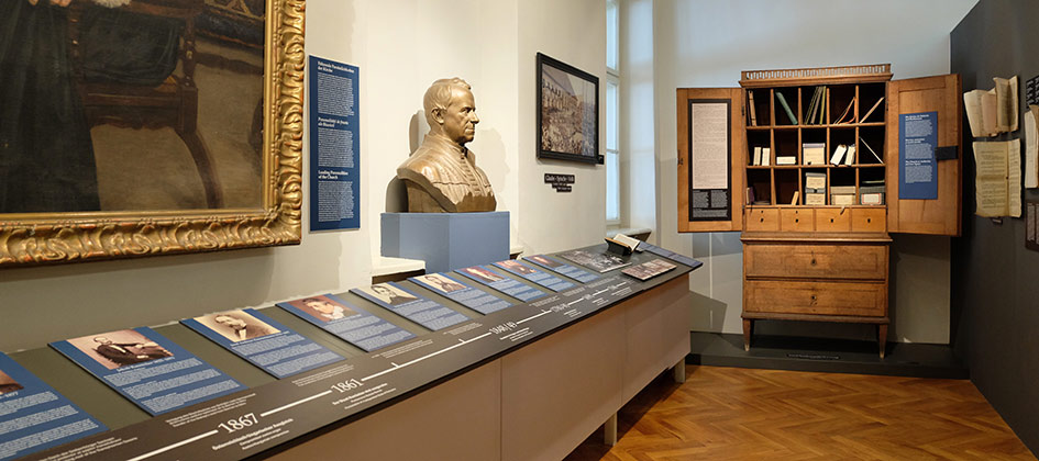 Colecţia de port săsesc în muzeul din <strong>Casa</strong> Teutsch