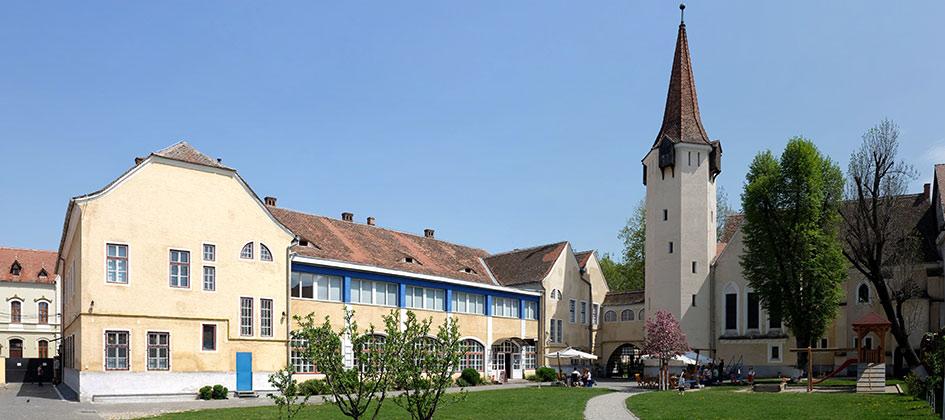 <strong>Casa</strong>Teutsch - într-o locaţie istorică în Sibiu